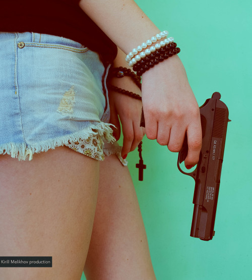 swag swaggirl gun Photogirl photography photooftheday photoshoot gun control guns n roses