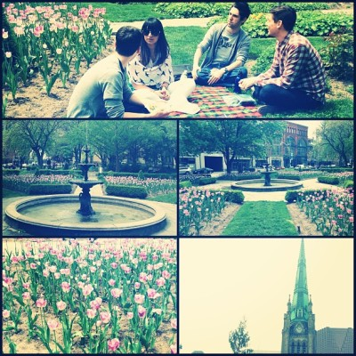 #TGIF #Picnic in the #park @tawny94 @keegantremblay   #Toronto 🌷 (at St. James Park)