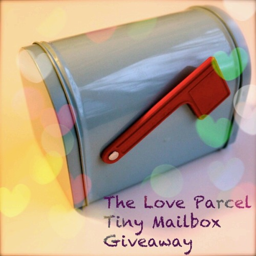 loveparcel:  The Love Parcel is having it's very first giveaway! It's the perfect opportunity for anyone who has been too shy to send something first or my underage followers.The winner will win a little mailbox (pictured), filled with goodies.Simply reblog this picture and your name will be entered for a random drawing. If you reblog on Tumblr and repost on Instagram as well, your name will be entered twice. Just make sure you tag it #TheLoveParcelGiveaway on Instagram.Contest ends on February 14th at midnight. Open internationally.