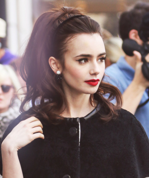 "Lily Collins|doing a Photoshoot outside the ""Bergdorf Goodman"" Store in New York (April 4,2013)"