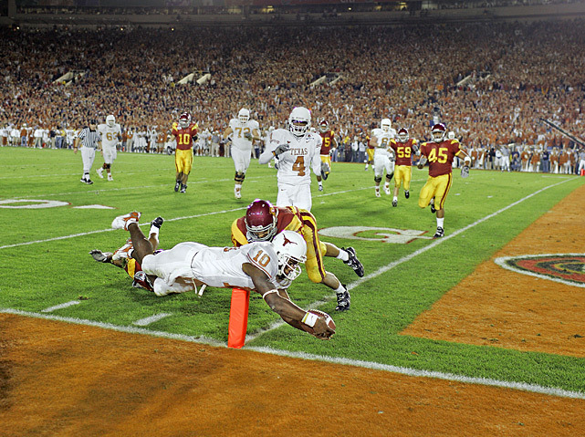 Vince Young scores the game-winning touchdown to beat USC during the Rose Bowl in Jan. 2006. (Robert Beck/SI) BCS CHAMPIONSHIP CONTENT: SI previews the national championship