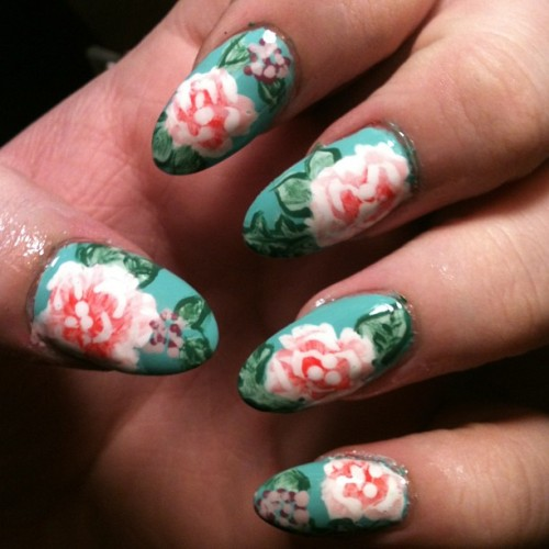 "mad4nails:  anchorsandtentacles:  ""Florals for spring? Groundbreaking."" These took so long it's almost embarrassing, I love them though! #nailart #nails #roundnails #almondnails #roses #floral  Dope"