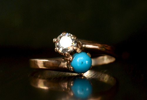 eriebasin:  1900s Turquoise & 0.18ct European Cut Diamond Crossover Ring, 14K, $695