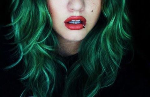 pastel-goth-princess:  xemily:  fondi marini | via Facebook op We Heart It http://weheartit.com/entry/61737962/via/giuditta_carrai  ❤
