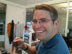 Matt Cutts was caught eating a Oreo/Reese's sandwich in his office with Amit Singhal earlier this week. Check out more pics in search from the week here.