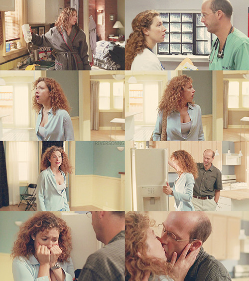 "riversonng:  elizabeth corday picspams » 7x02: ""sand and water""."