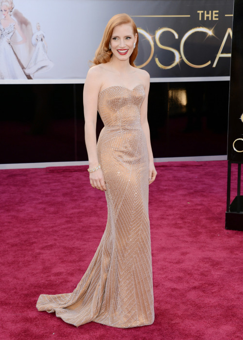 homotography:  Jessica Chastain in Armani Prive at Oscars 2013