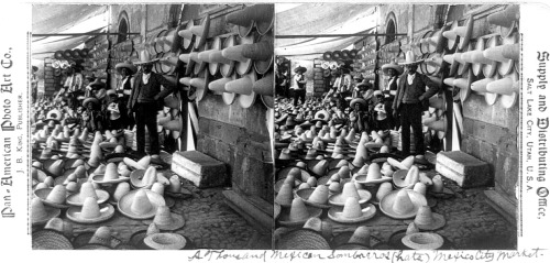A thousand Mexican sombreros , Mexico City market (1902)