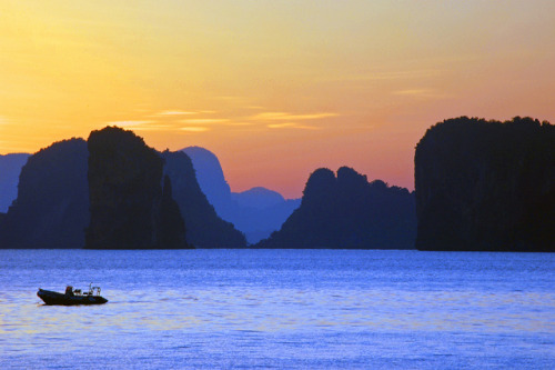 travelthisworld:  Morning Sun and Limestone Karsts ♦ Koh Yao Yai, Thailand | by Stewart White  LOVE the colors!