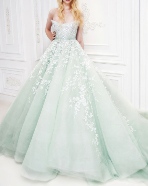 walkingthruafog:  Michael Cinco