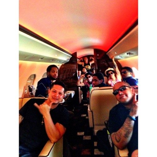 pattyramos:  precciateyou:  @epandagram Sometimes us #hooligans fly in style. Turn up!! #blessed @johnjohnthe1 @dreft_la  @kameronwhalum @jamareoartis @brunomars @ryankeomaka1 @duggerii @philsmeeze  My Hooligan boys ♥