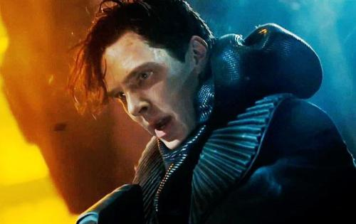 rainbowrowell:  (via 'Star Trek: Into Darkness' teaser trailer released: Benedict Cumberbatch's villain shows Khan-do attitude - NY Daily News) I can't stop thinking about Star Trek.  About 50 percent of my thinking is raging against the machine. (I'm upset about the plotting and characters.) The other 50 percent is just daydreaming about this trenchcoat/turtleneck/scarf/hoodie thing that Cumberbatch was wearing.  Costumers do give the man great coats.