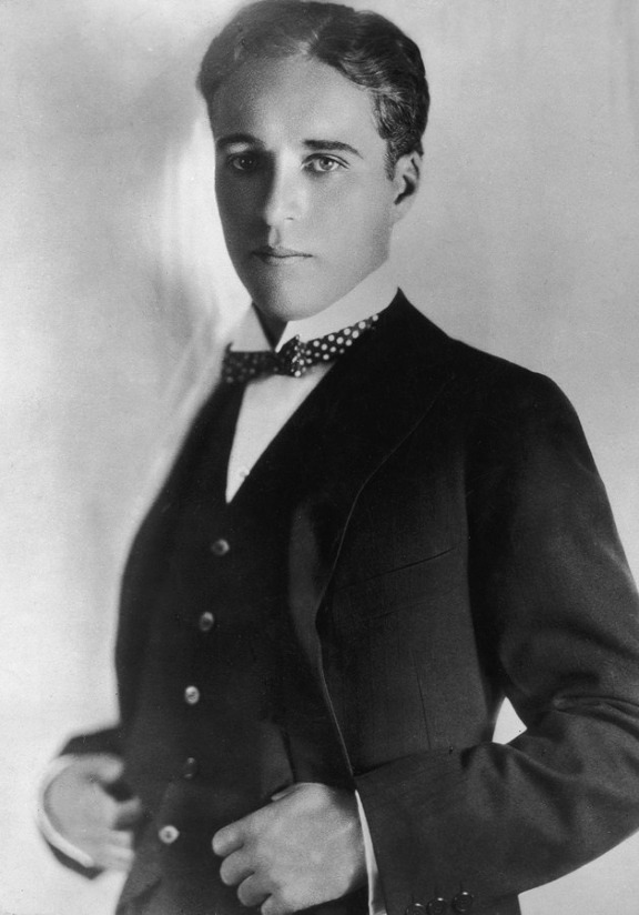 Young Charlie Chaplin without his mustache http://feedly.com/k/15YEKk4