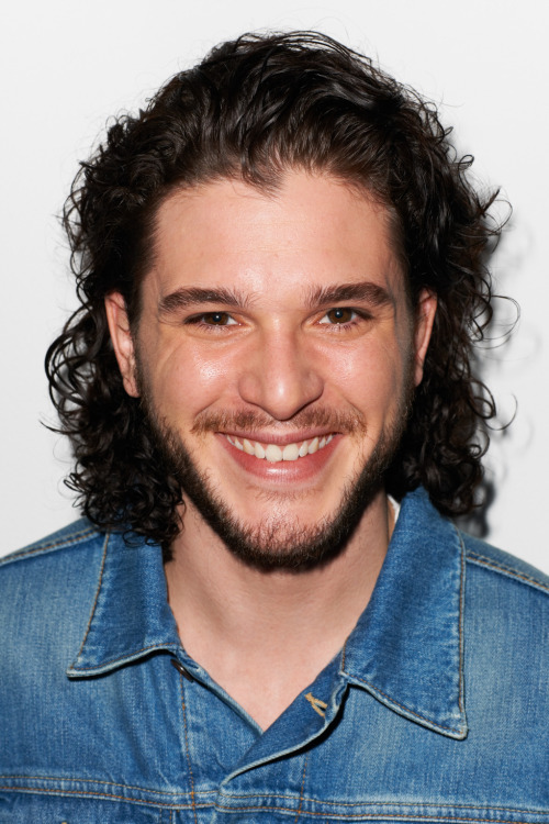 terrysdiary:  Kit Harington in Venice #5