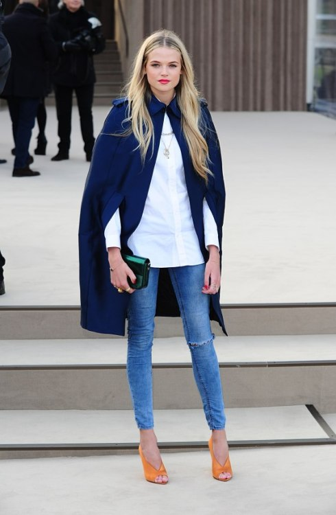 what-do-i-wear:  Gabriella Wilde arriving for the Burberry Prorsum Autumn/Winter 2013 Womenswear show at Kensington Gardens, Kensington Gore, London. (image: huffingtonpost)