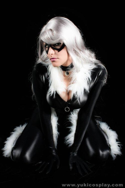 cosplay-paradise:  Black Cathttp://cosplay-paradise.tumblr.com