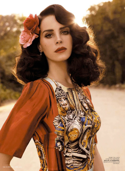 dolcegabbana:  Lana Del Rey in Dolce&Gabbana for L'officiel Paris, April 2013 Credits:L'Officiel Paris - http://www.lofficielmode.com/Photographer: Nicole Nodland