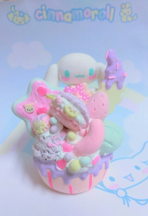 cinnamoroll sanrio handmade kawaii decoden kawaii shop fairy kei pastel sweets cupcake ice cream macaroon cutie star