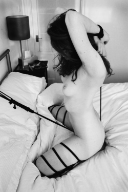 http://beautifulbondage.tumblr.com/post/51032611631