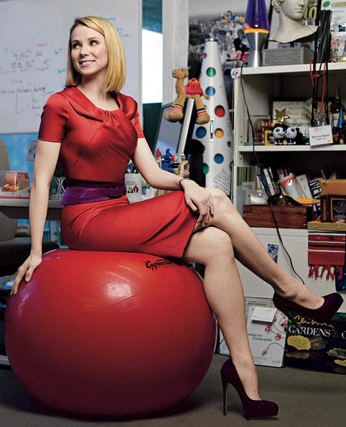 Yahoo's CEO is actually kinda Hot;