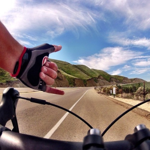 castellicycling:  Was your weekend this nice? Via @capt_v  No where near this nice. My weekend ride consisted of taking hail to the face on a descent. Could have really used some Gabba!