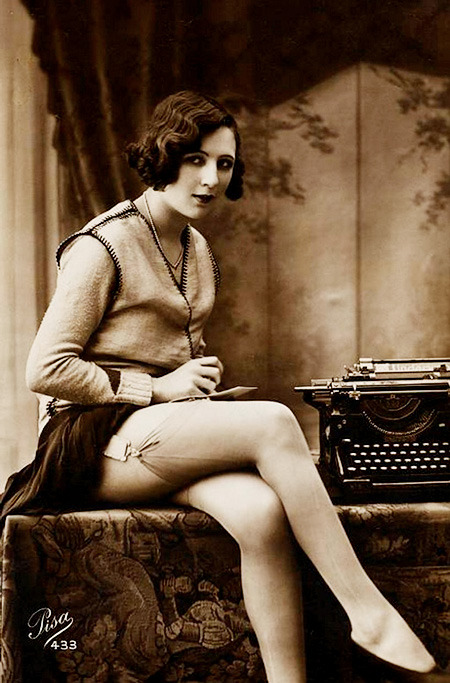 glamorousgams:  1920s sexy secretary, photographed by Pisa of Paris.