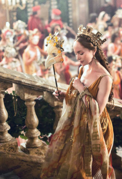 the-garden-of-delights:  Lotte Verbeek as Giulia Farnese in The Borgias (TV Series, 2011-2012).
