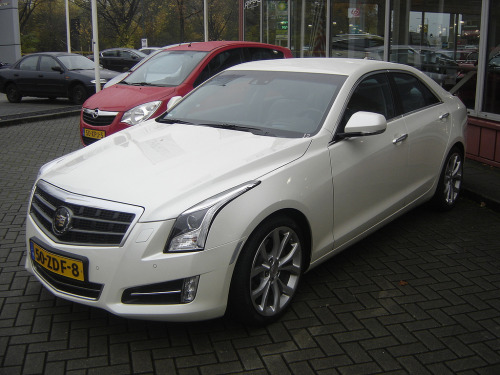 Iceberg Starring: Cadillac ATS (by harry_nl)