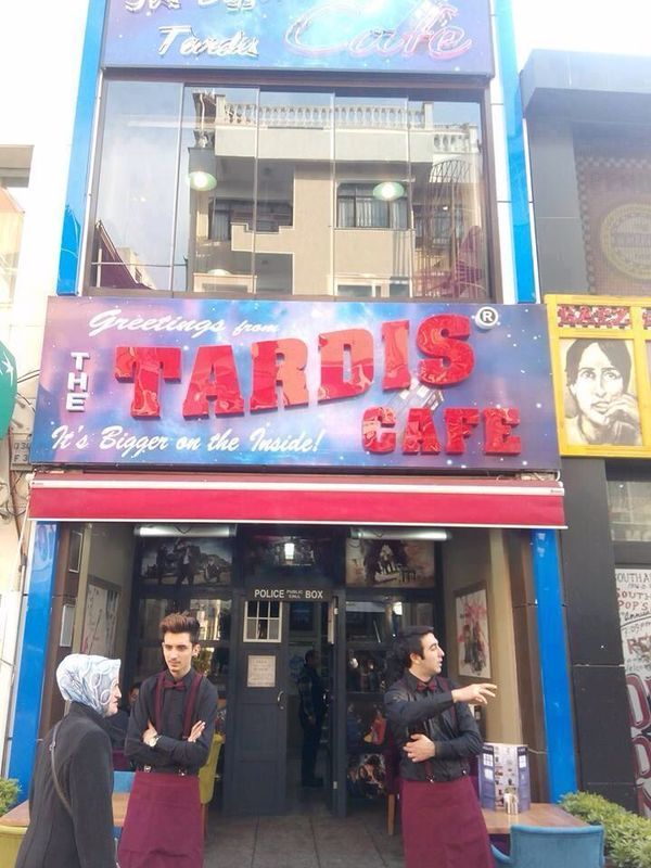 Guys theres a TARDIS cafe in Turkey…. *packs bags*