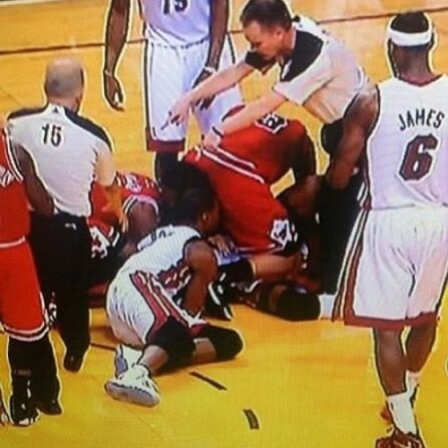 Bosh just can't catch a break… #nohomo #cmonson #chrishbosh @chrisbosh
