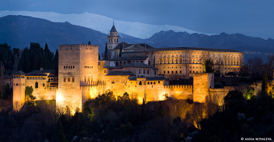 Alhambra, Granada, Spain By Anna Kovaleva  via: http://www.travelphotographers.net/mediagallery/media.php?f=0&sort=0&s=20130102041144626