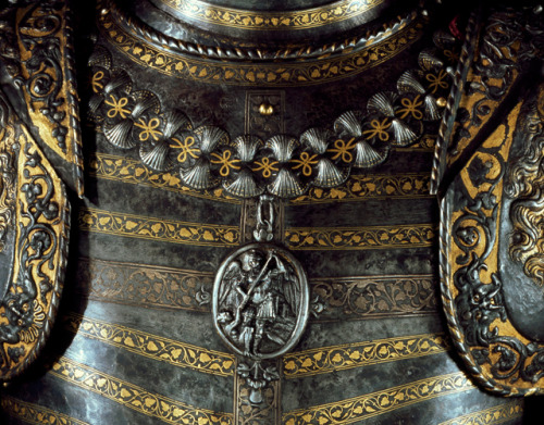 "mysticjones:  Collar of the Order of St. Michael and the silver cross of the plastron on ""Lions Armour"" of Francis I"