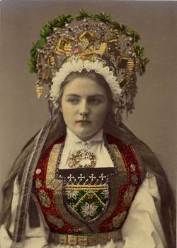 sisterwolf:  A Bride from Hardanger, Norway - Solvieg, 1870-1920