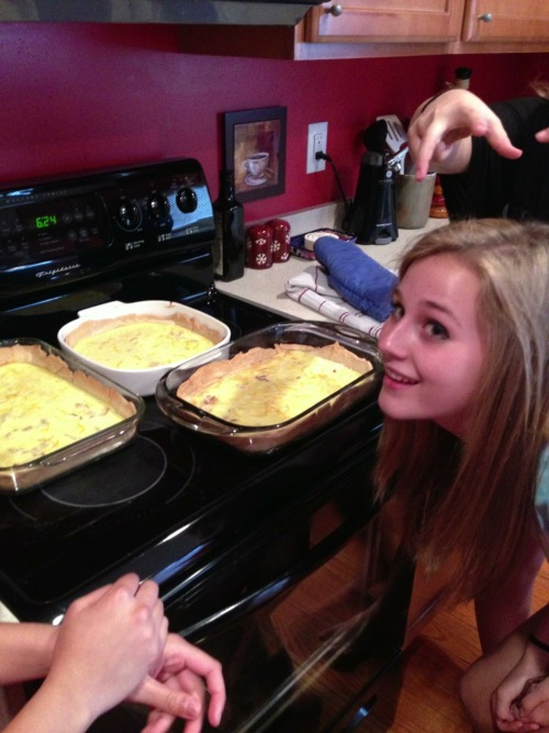 "Tumblr user nojokejes was over here today to make quiche for a French project and it got all bubbly and she SCREAMS ""THERE'S A HOLE IN MY QUICHE"" AND I'VE NOT LAUGHED THAT HARD IN A LONG TIME"