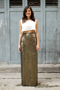 what-do-i-wear:   DIY SEQUIN MAXI WRAP SKIRT (image: apair-andaspare)