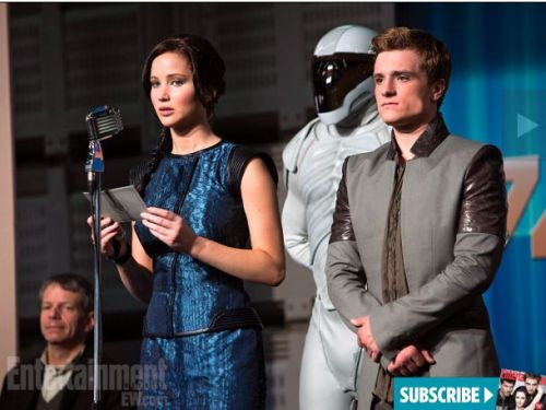 We have PEETA! And GALE, too! See the NEWEST official photos from CATCHING FIRE right HERE.