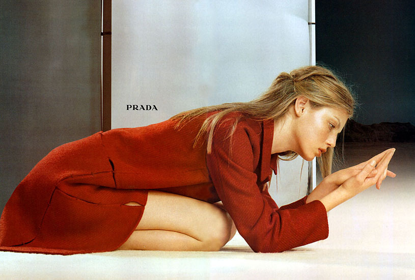slightlypretentious:  Prada fall/winter 1998
