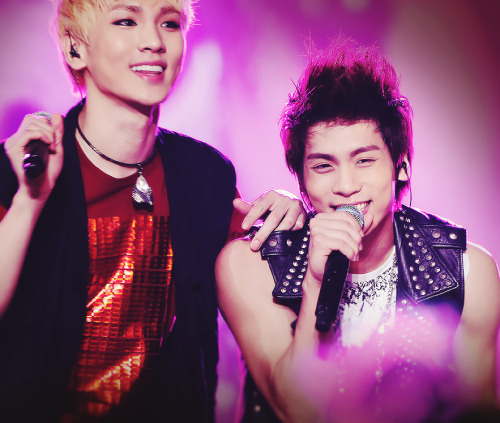 14/50 photos of Jonghyun; the idiot I miss (ft. Key).