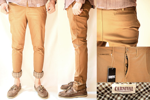 Match your brown jacket carnival with this BROWN CHINO!!  Grab it now!! for 375.000 IDR!! Size available : 28 - 30 - 32 - 34 - 36