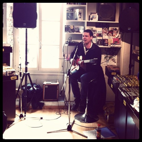 Nick Porsche @ disc-à-brac for Record Store Day #rsd #rsd13 #discabrac #disquaireday #recordstoreday #nickporsche #twogentlemen #lausanne  (à Disc-À-Brac)