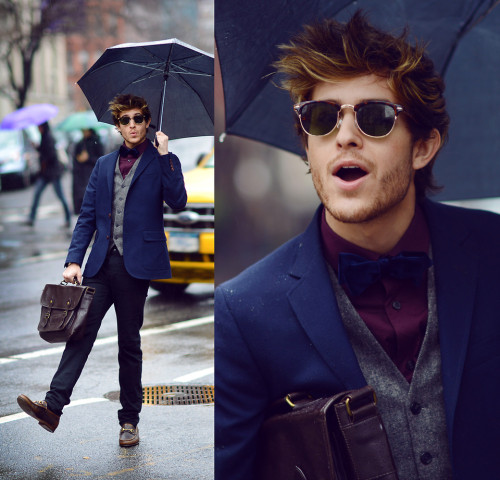 lookbookdotnu:  Singing in the rain (by Adam Gallagher)