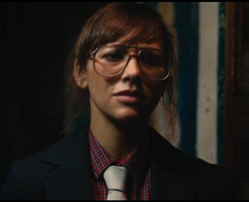 No idea what's going on with Rashida Jones' look here, but I think I'm in.