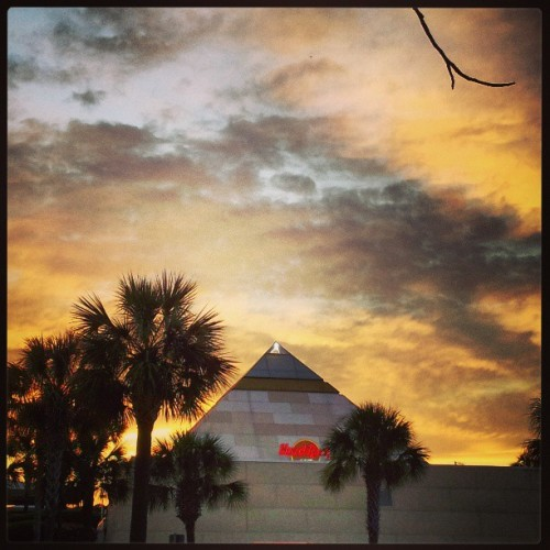 #southcarolina #hardrockcafe #sunset #sky #pyramid #color #yellow