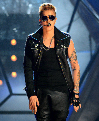 bieber-news:  Justin performing 'Take You' at the Billboard Music Awards. More at bieber-pictures!