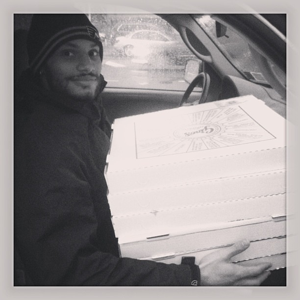 Pizza man, @suave_loso