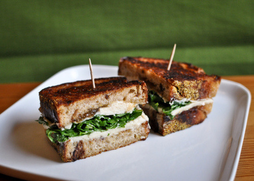 vegcoast:  This rich and decadent grilled cheese sandwich is guaranteed to satisfy. (via Vegan grilled cheese sandwich with arugula and fig jam | Veg Coast)