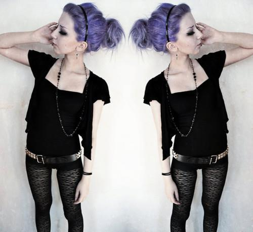 cupcake-panda:  Pastel Goth (Nu Goth) auf We Heart It. http://weheartit.com/entry/46574013/via/silverbee