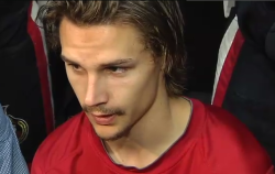 Erik Karlsson, not only struggling on the ice but also with his beard.