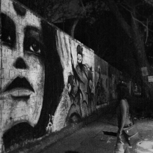 Showing my best friend around town this weekend :) #streetart #bangalore #loveyourcitymore (at Jyoti Niwas College)