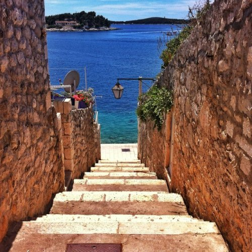 loungeofficial:  Hvar x Croatia